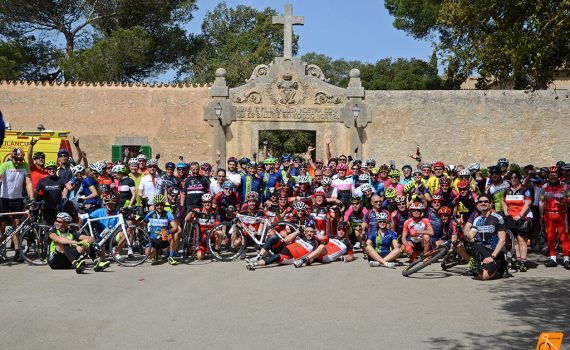 Solidarity cycling Mallorca Cura