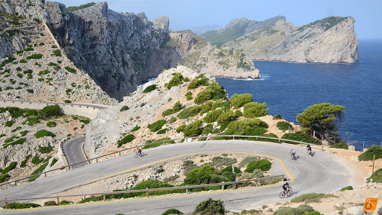formentor bike tour cycling in palma